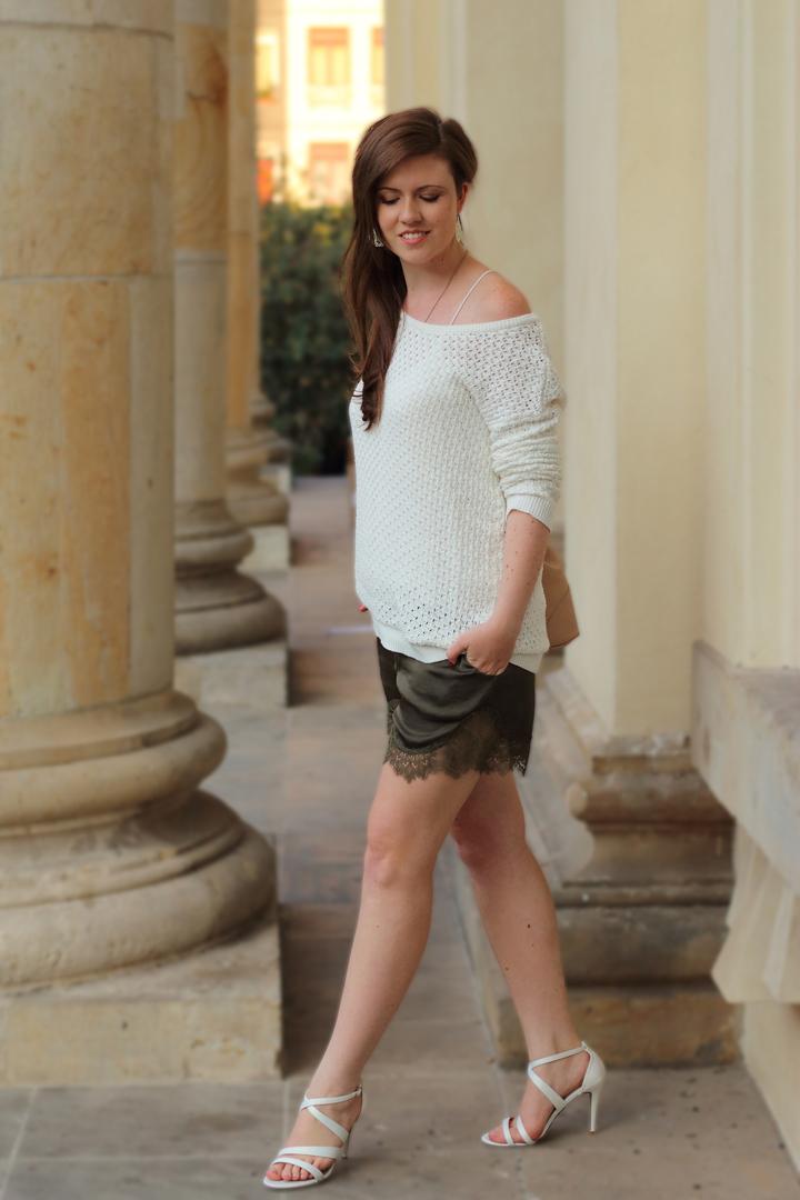 justmyself_fashionblog_deutschland_autumn_herbst_fall_outfit_khaki_short_weisser_pullover_1