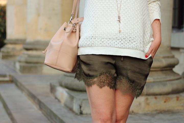 justmyself_fashionblog_deutschland_autumn_herbst_fall_outfit_khaki_short_weisser_pullover_5