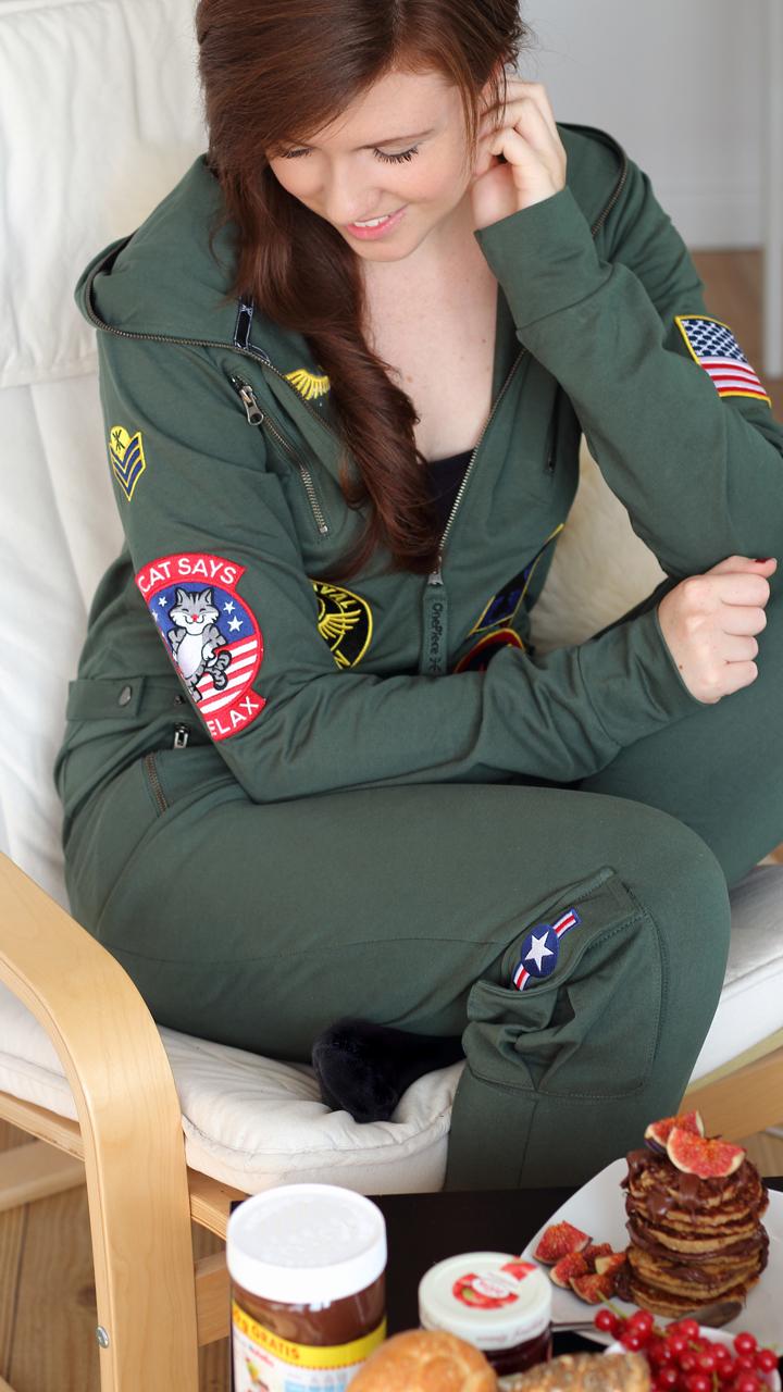 justmyself-fashionblog-deutschland-onepiece-onesie-aviator-dschungelgruen-jumpsuit-pilot-6