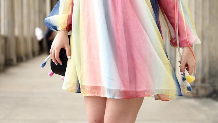 Justmyself-Fashionblog-Deutschland-Regenbogenkleid-Shein-Sommerkleid-Off-Shoulder-bunt-5