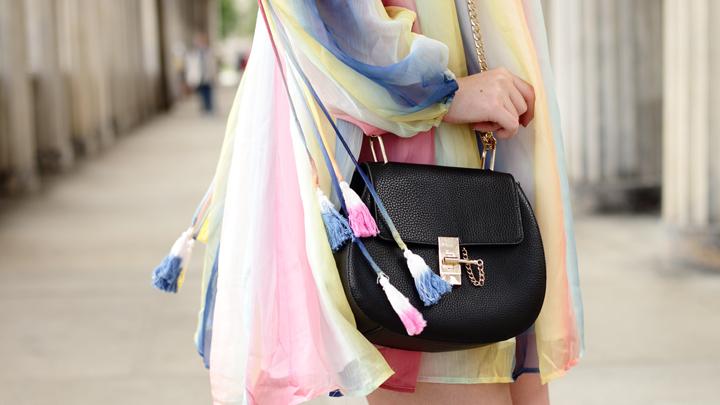 Justmyself-Fashionblog-Deutschland-Regenbogenkleid-Shein-Sommerkleid-Off-Shoulder-bunt-6