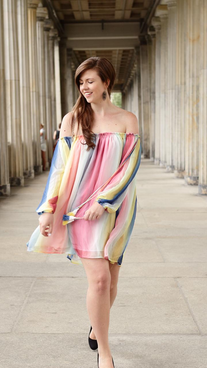 Justmyself-Fashionblog-Deutschland-Regenbogenkleid-Shein-Sommerkleid-Off-Shoulder-bunt-8