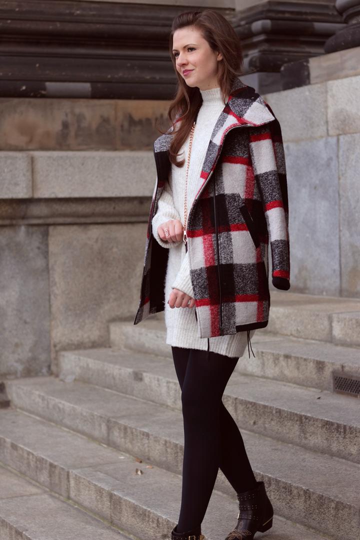 justmyself fashionblog deutschland winteroutfit zara pulloverkleid karierter wintermantel esprit. Black Bedroom Furniture Sets. Home Design Ideas