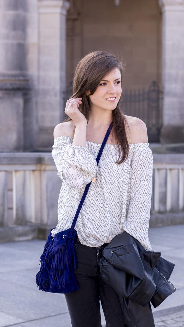 JustMyself-Fashionblog-Deutschland-Off-Shoulder-Bluse-Forever21-ripped-jeans-ankle-boots-zara-lederjacke-frühlingsoutfit-2