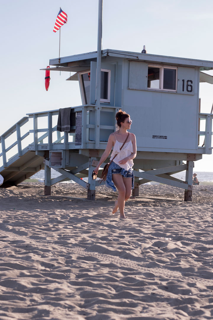 one teapoon shorts palmenprint jeanshemd santa monica beach lifeguard los angeles fashionblog